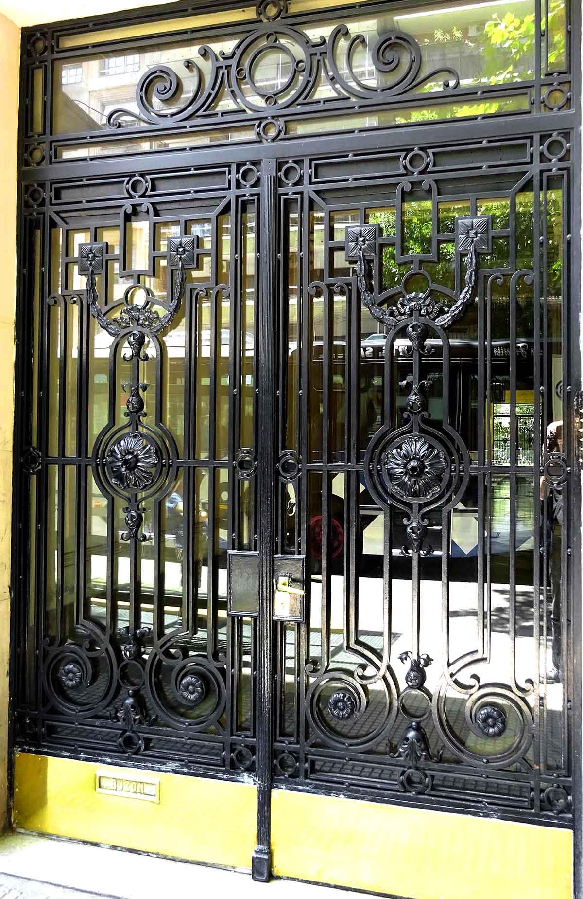 Front door 1200