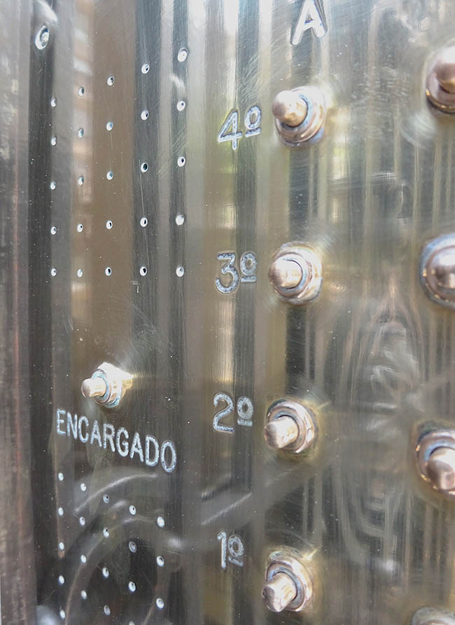 deur bel 650