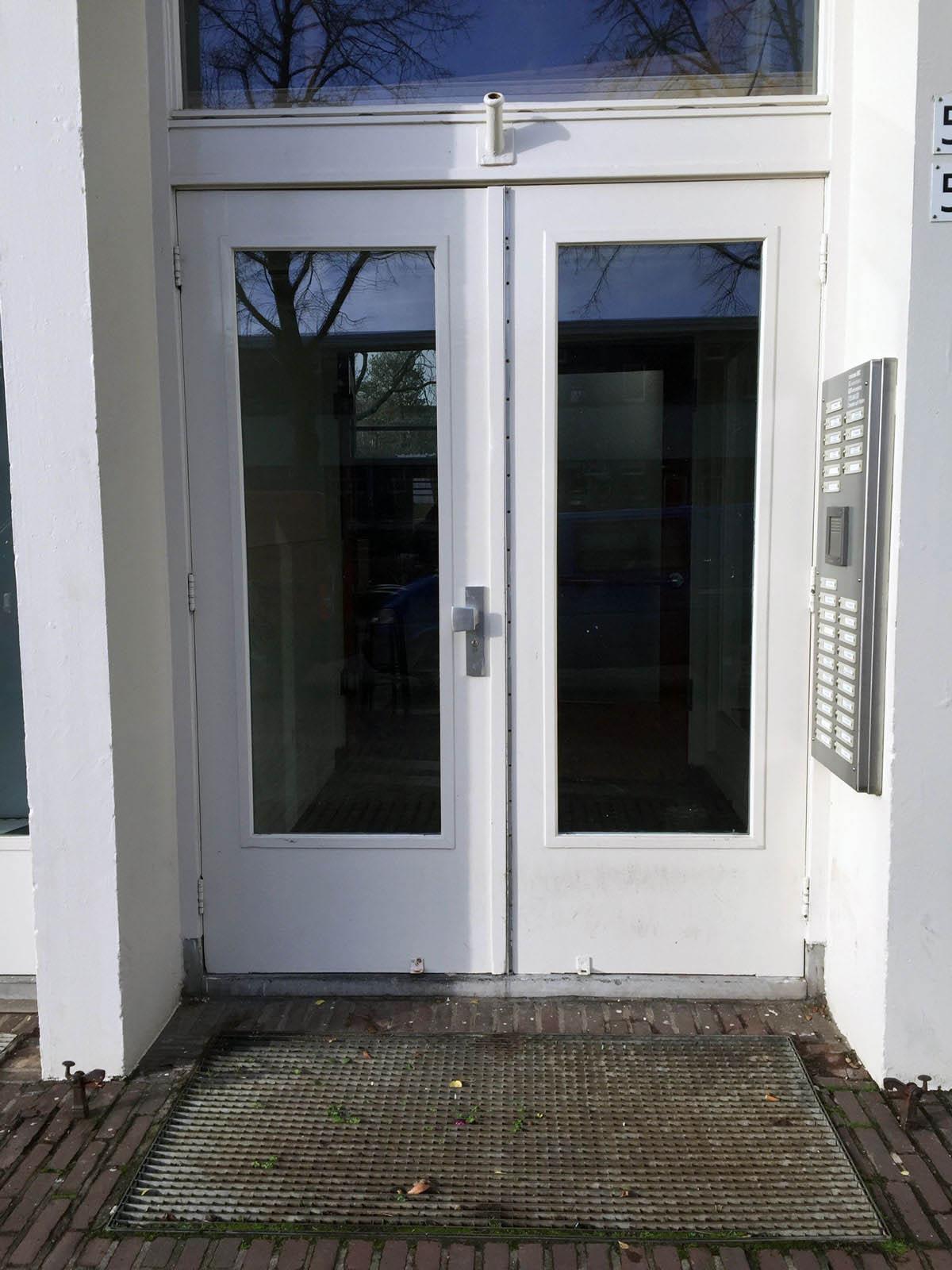 deur-01 1200