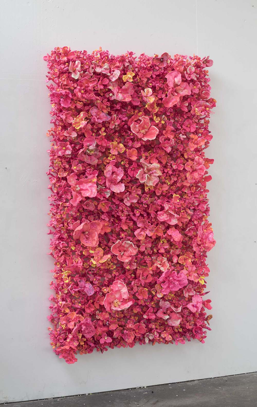 'Flower Bonanza'amber 140 x240 x30cm stehend side