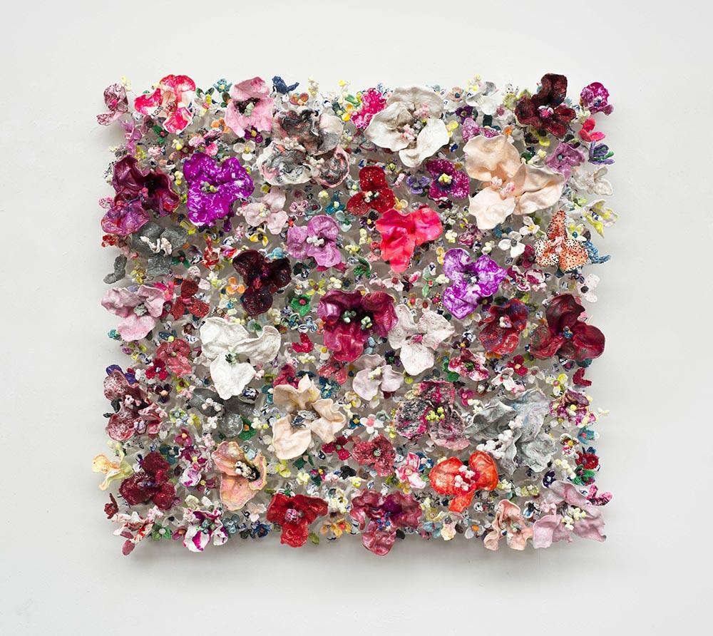 'Flower Bonanza' red150x 150 x30cm